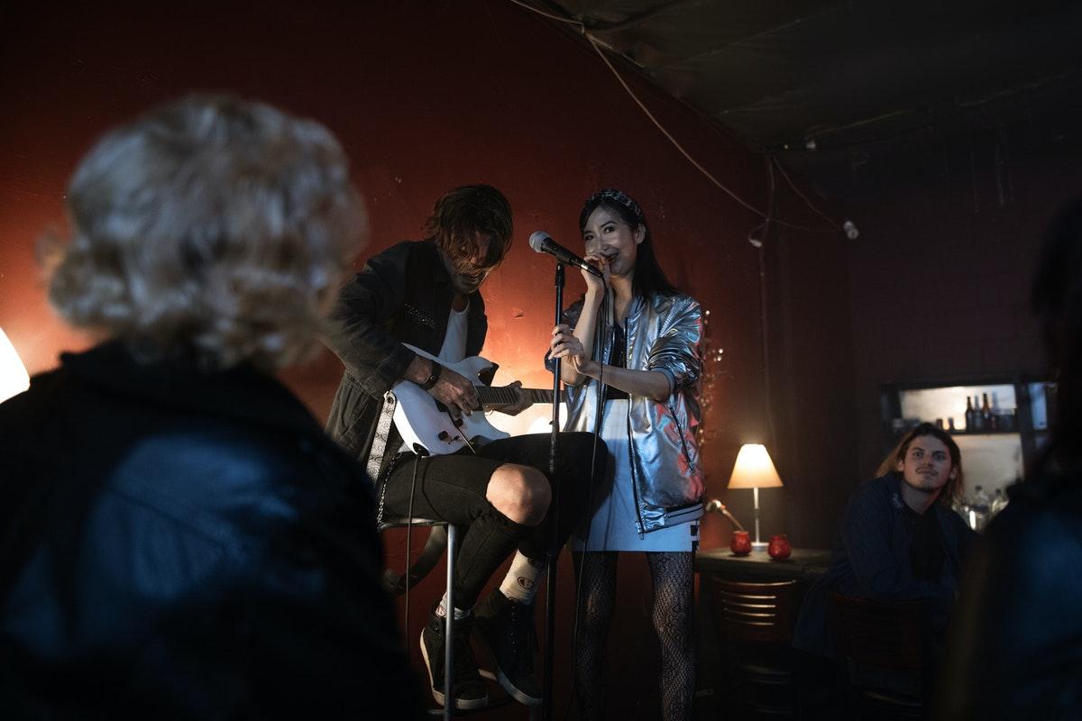 performer in a resto bar