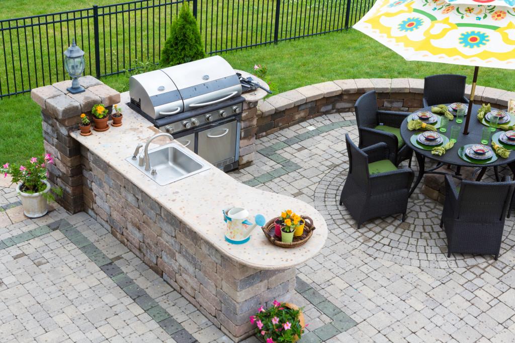 outdoor grill kitchen